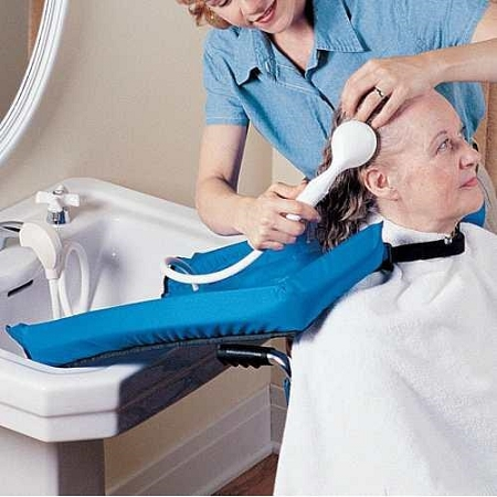 Comfort Cape Shampoo Aid Caregiver Aid For Washing Hair