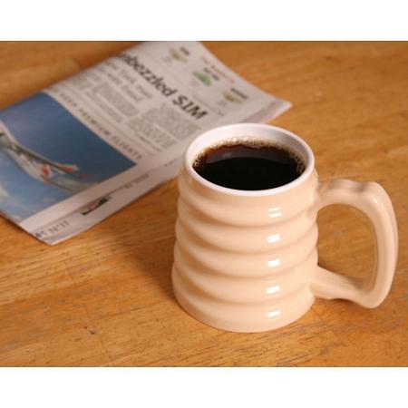 Hand-to-Hand-Mug