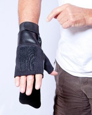 Gripeeze Fingerless Right Hand Mitten